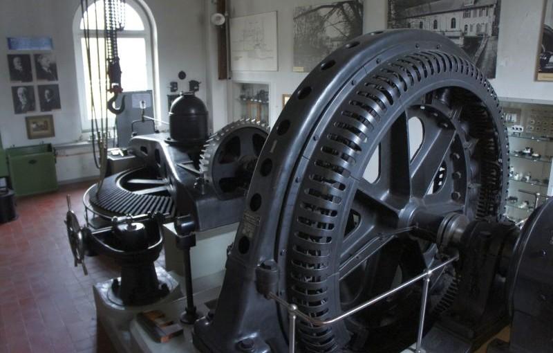 Baden Bahnof – Baden Kappelerhof: Von Strom und Strömen. Ein Tippel durch Baden