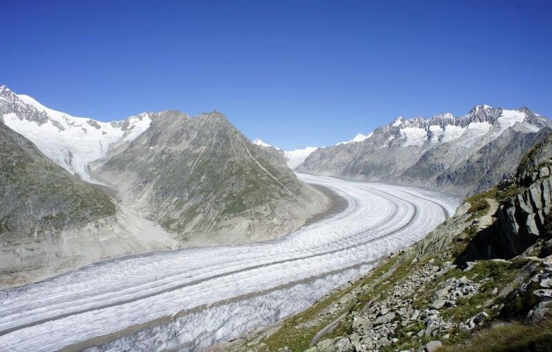 Gletscherpfad: auf Tuchfühlung mit dem Aletschgletscher