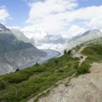 Der Gratweg, hoch über dem Aletschgletscher