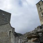 Der Bergfried und Glockenturm der Ruine Jörgenberg