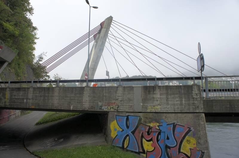 Autobahnbrücke Flurlingen